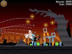 angry birds halloween 3 300x225 Angry Birds Halloween Offers 45 New Spooky Levels