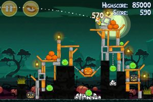 angry seasons 21 300x200 Angry Birds Seasons Updated for Halloween   30 All New Levels