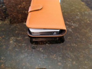 Review: Carry It All With The SGP Valentinus Wallet Case For The iPhone 4/4S