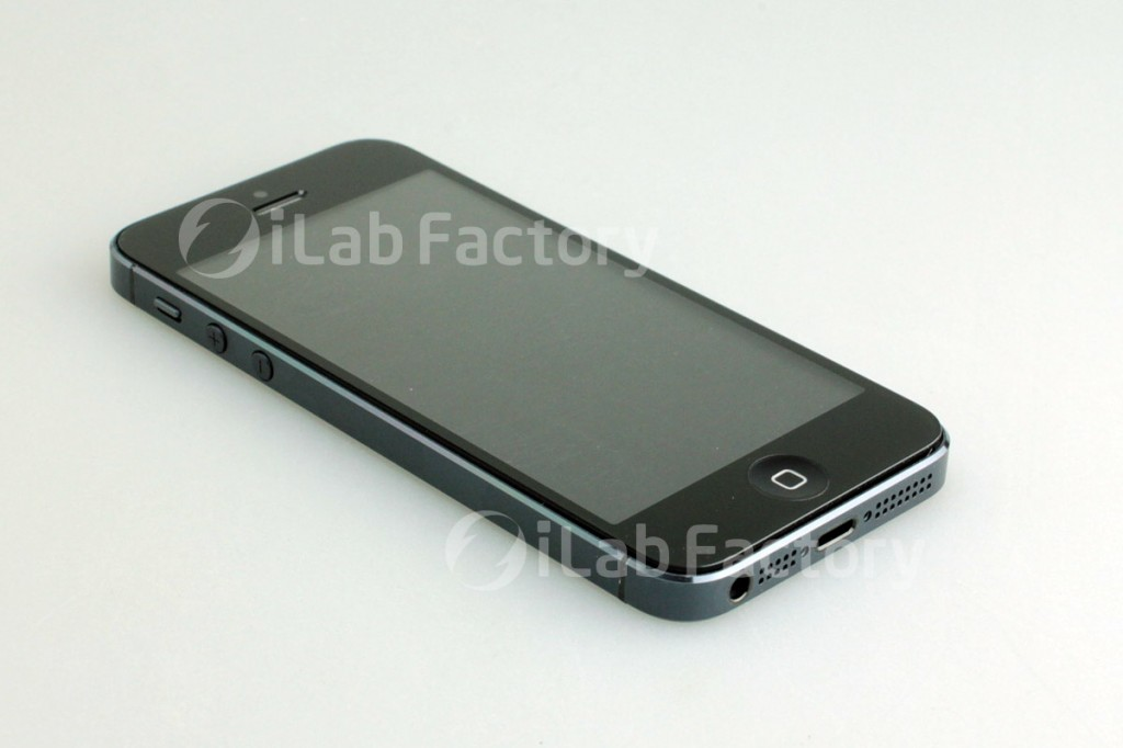 iPhone 5 photos show the fully assembled next-generation iPhone