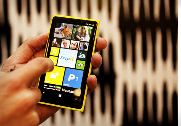 Nokia Lumia 920 Yellow Nokia Lumia 920 already sold out at Best Buy?
