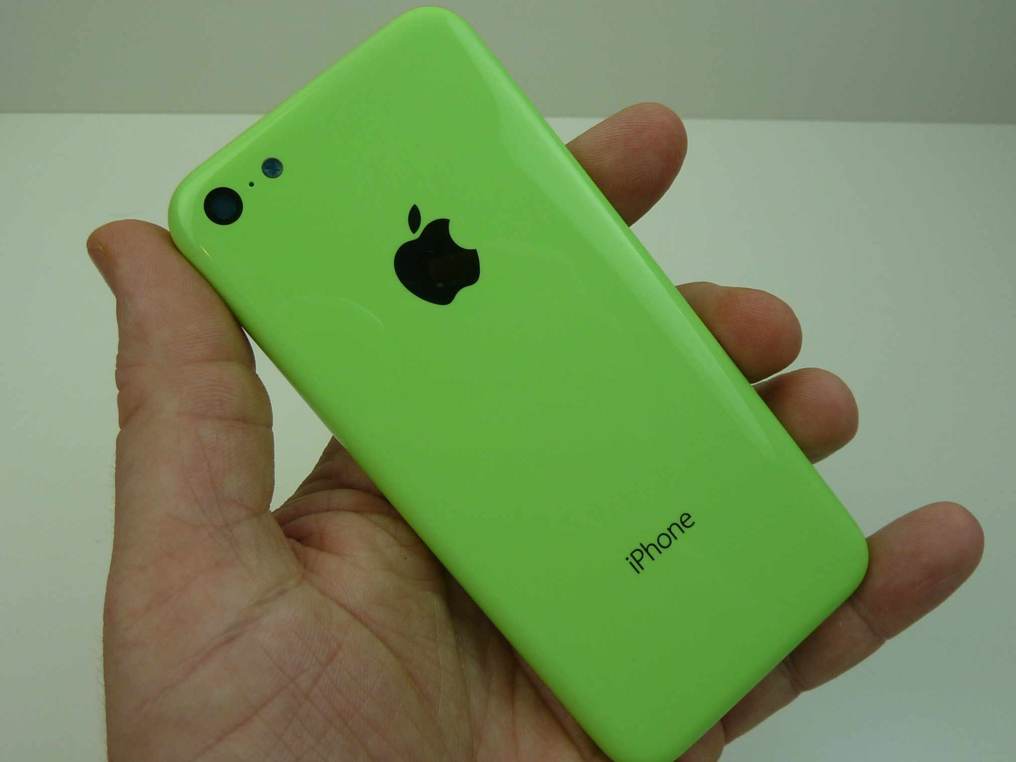 image1 UBS predicts iPhone 5C will be a hit in China