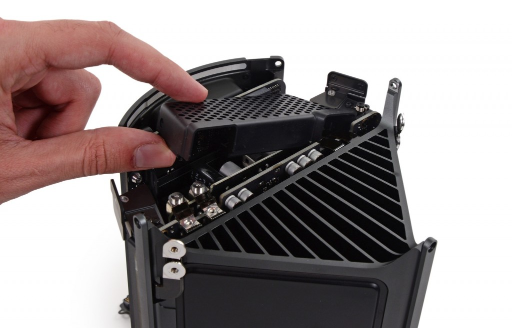 iFixit Rates New Mac Pro Repair at 8 out of 10