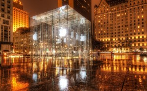 Apple-Store-at-Night