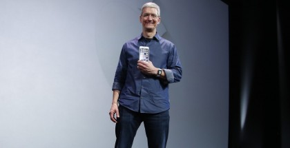 tim-cook-victorious-iphone-6