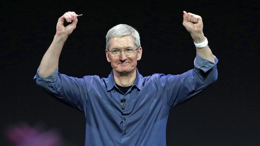 Another triumphant earnings report for Apple. Yes, iPad sales were down again, but that was expected. Both Mac (+21%) and iPhone sales (+16%) posted records