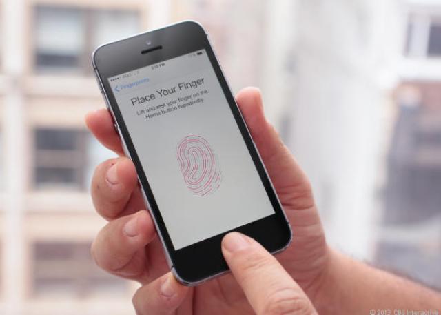 Samsung copies Apple iPhone (1)