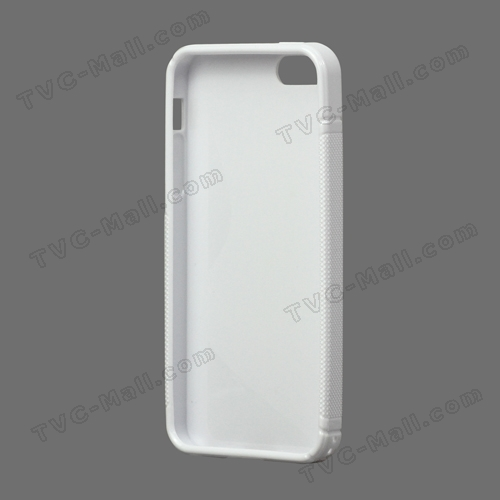 iPhone 5 Cases Already Spotted