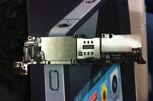 iPhone 5 Photos Motherboard