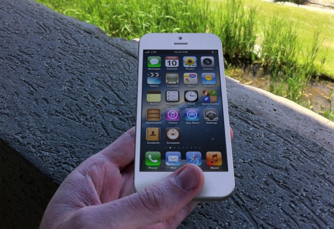 This iPhone 5 photo is a rendering based on leaks