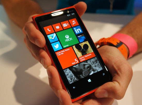 Nokia Lumia 920 price too expensive
