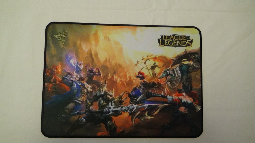 razer goliathus league of legends mousepad