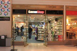 gamestop store next gen used games