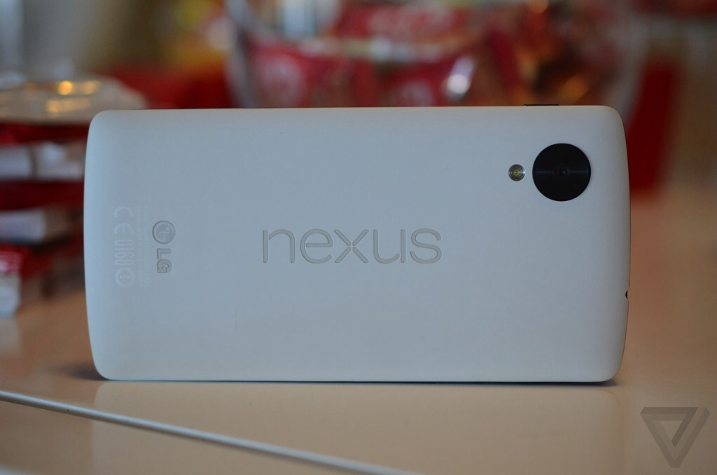 Nexus 5 Ships with Kit Kat Arrives Priced at $349