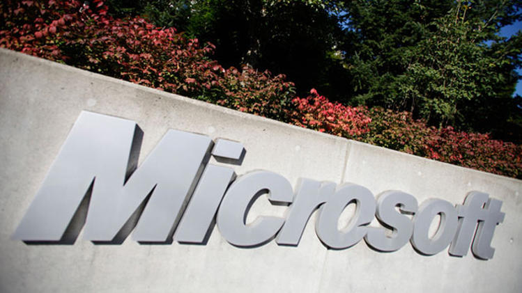 Microsoft Fighting The NSA, May Notify Users Of Data Requests