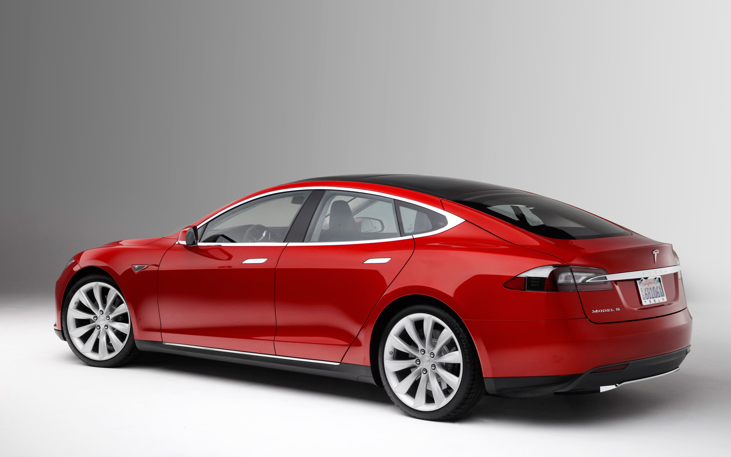 Tesla Pushes For Cameras To Replace Car Mirrors