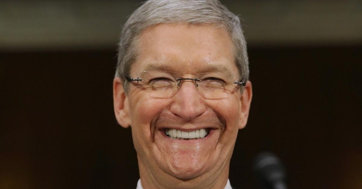 Apple Profits Hit Record,  Cash Giveaway Swells