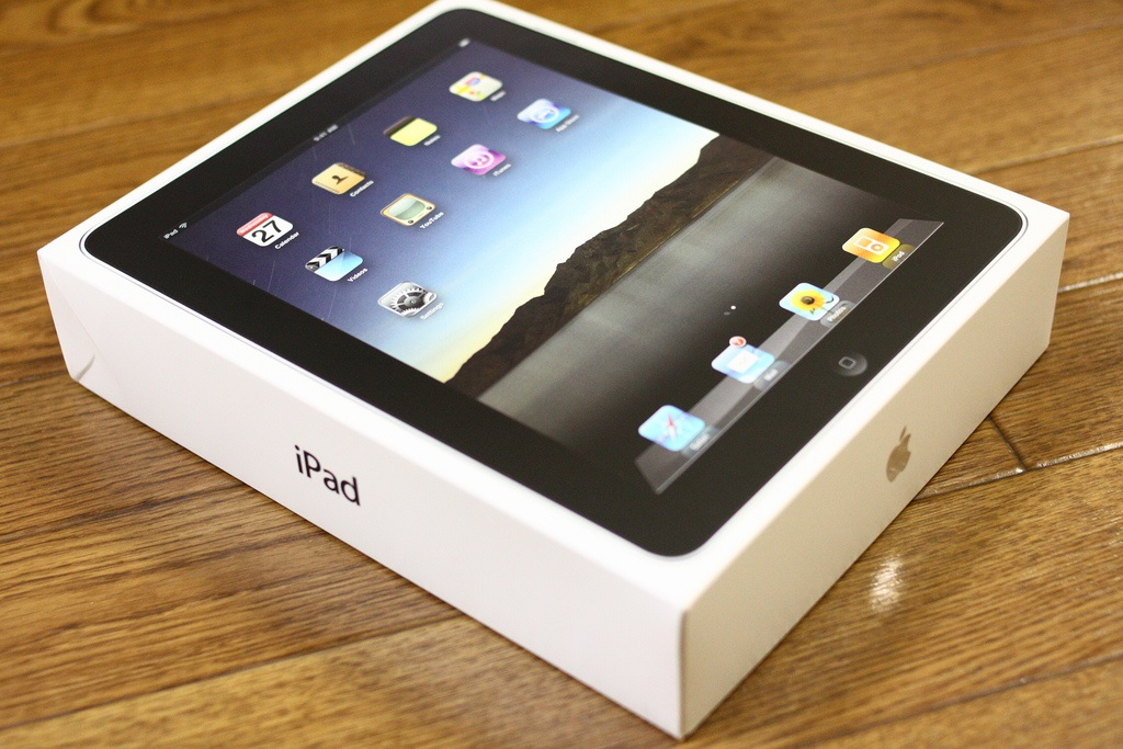 Apple iPad Shipments Slow Down As Android Grows