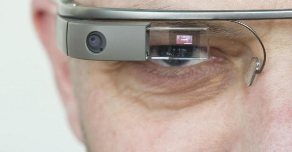 While developers and consumers alike have paid $1,500 for the privilege, the bill of material Google Glass price is actually $80