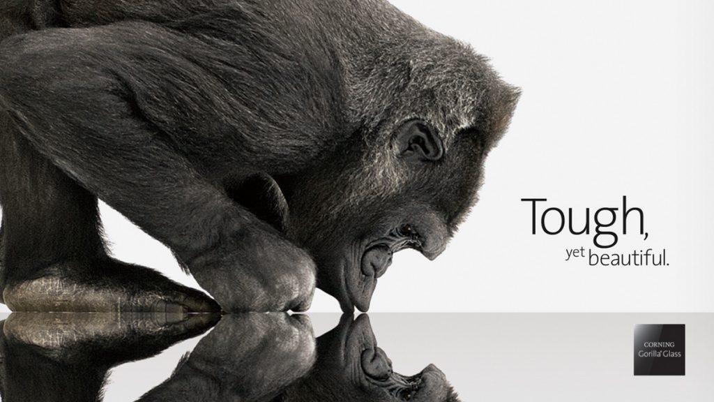 Gorilla-Glass-4-vs-sapphire