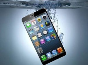 It's possible the iPhone 7 series will be waterproof.