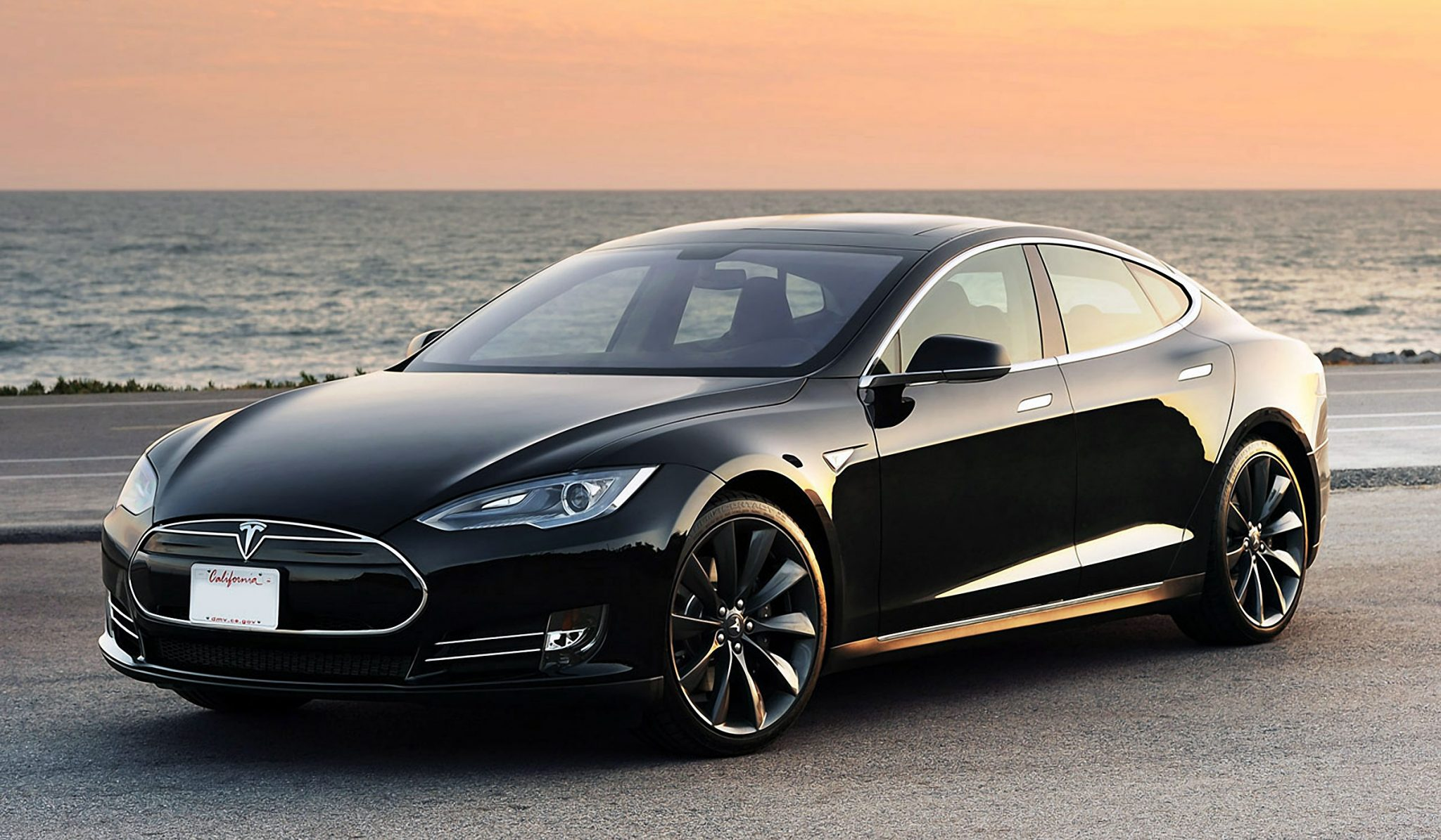Tesla Electric Cars Charge Faster Than Your iPhone