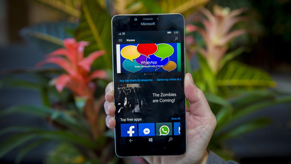 Microsoft (Nokia) Lumia 950 and Lumia 950 XL: Which Should You Choose?