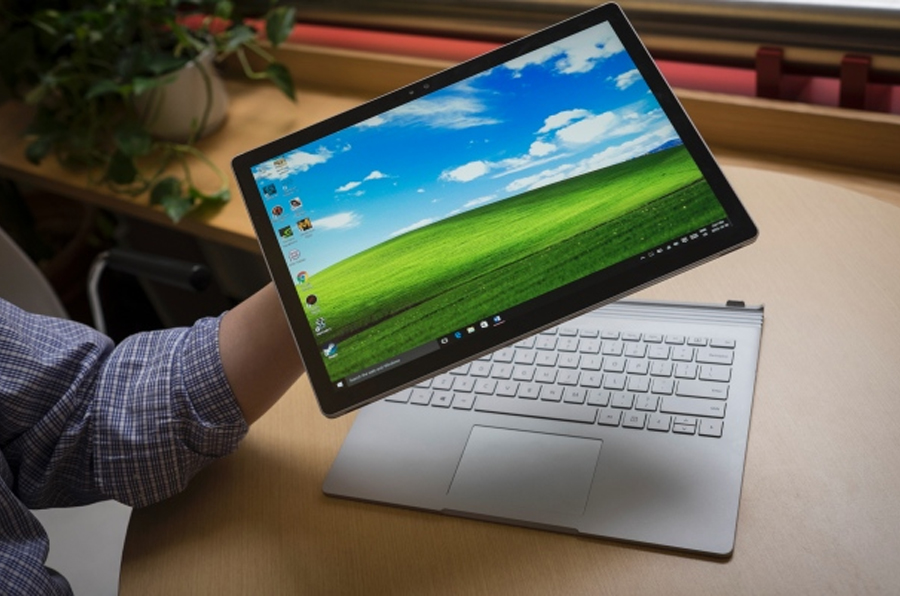 Microsoft Surface Pro 4 Vs the Surface Book: Which Device Has the Better Specs?
