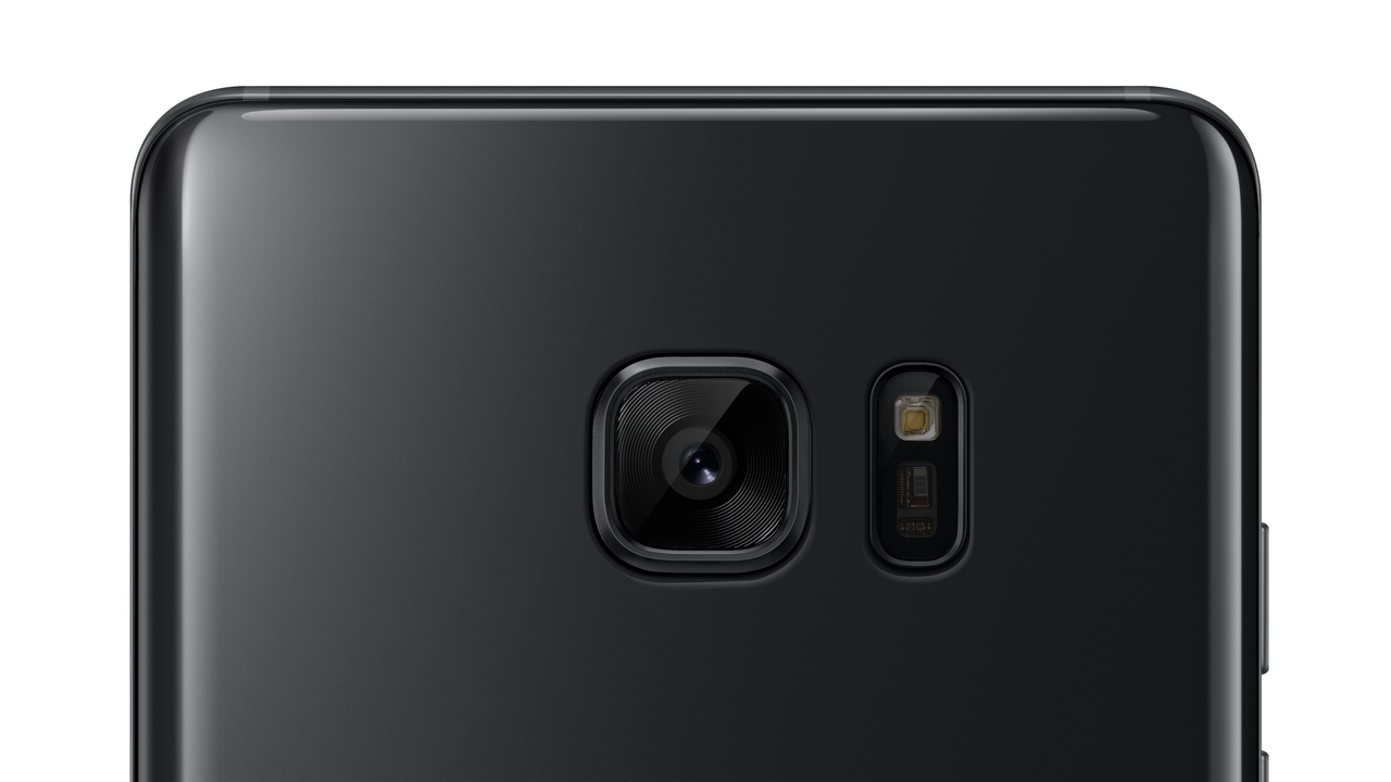 Galaxy S7 Glossy Black edition to be introduced soon as the ultimate iPhone 7 Jet Black competitor