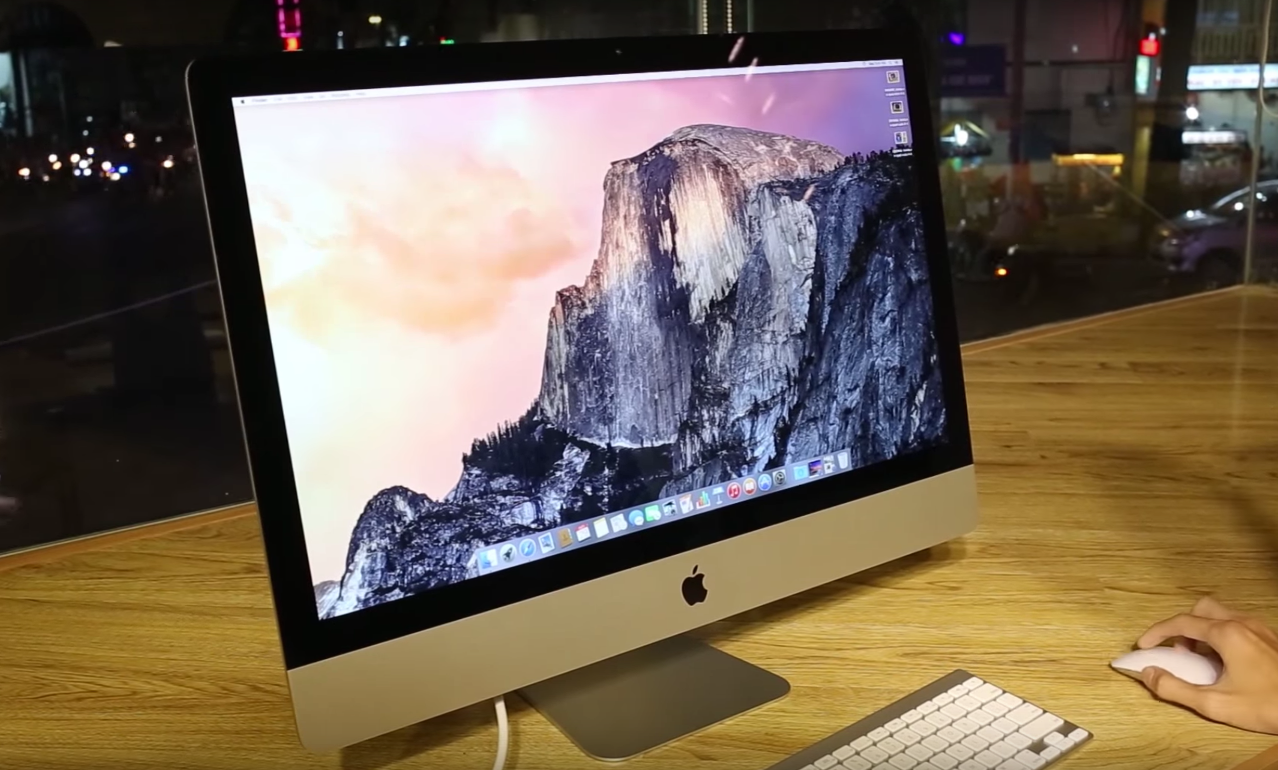 An Image of the iMac 2017