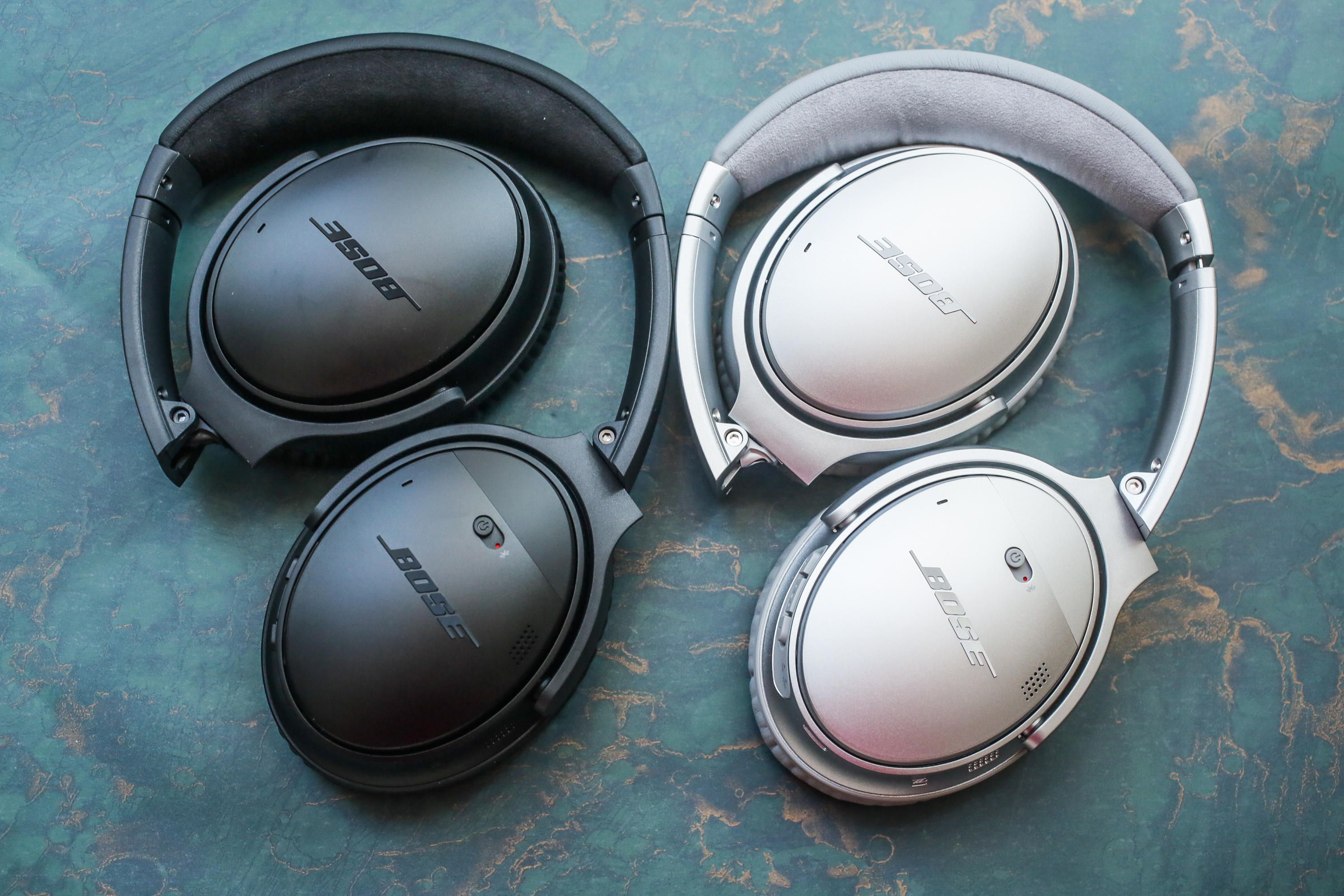 The Bose QuietCOmfort 35 II in silver and black