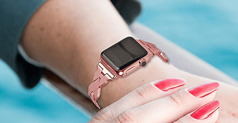 An image of the rose gold Stainless Steel Rhombus Design Apple watch band designed by Wearlizer.