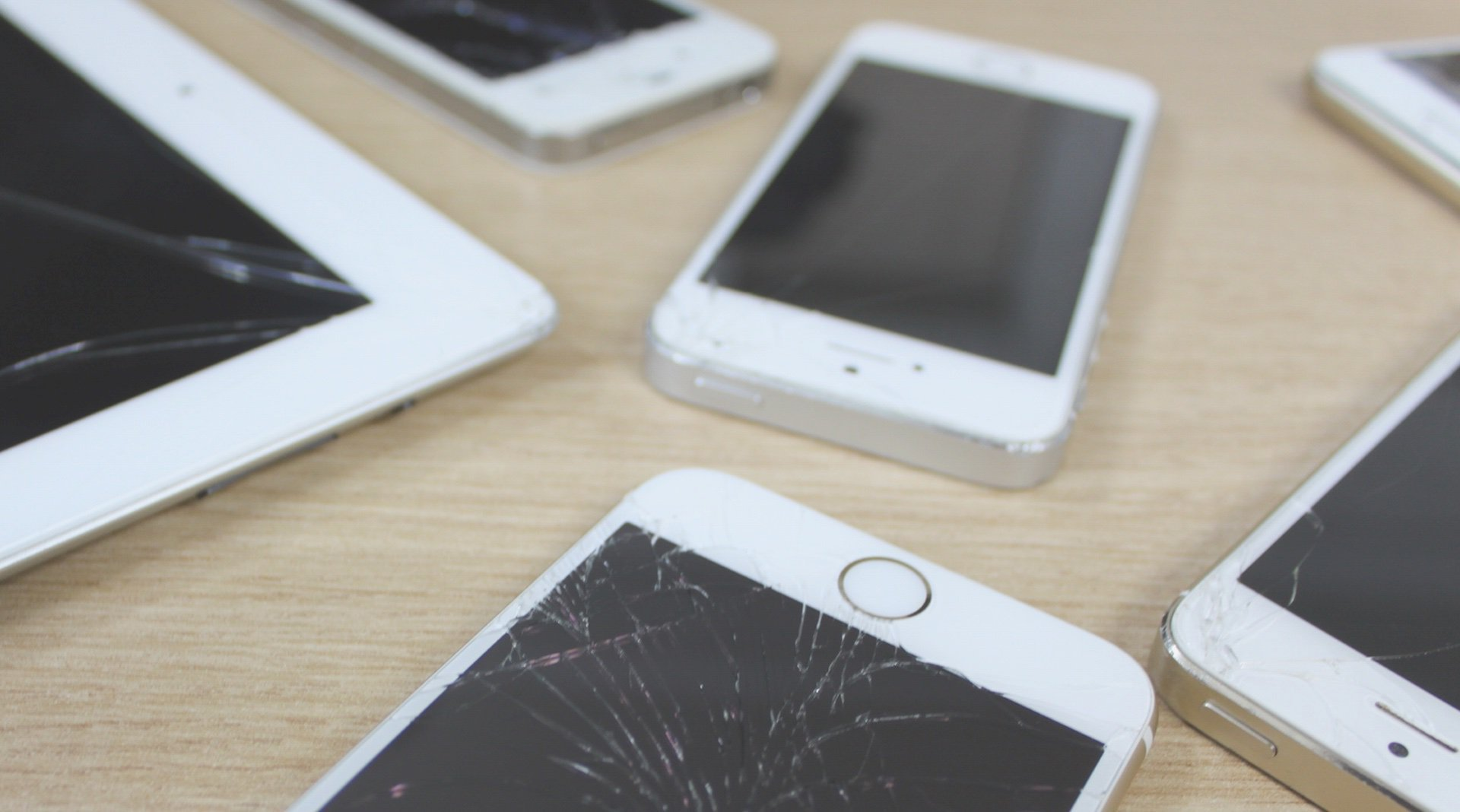 what to do if your iphone screen turns black what to do with a broken iphone or screen 21464