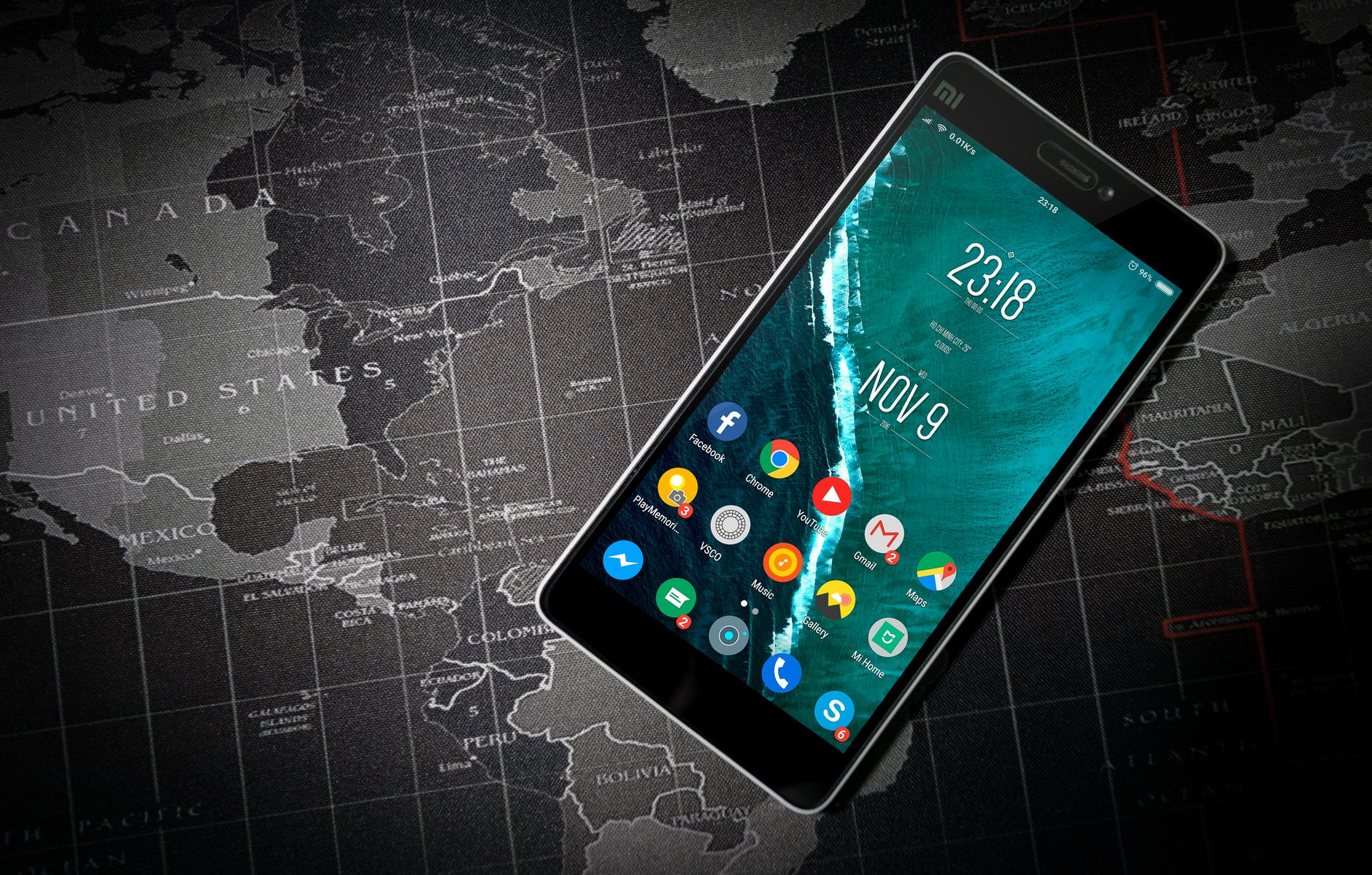 Smartphone features for Android and iOS