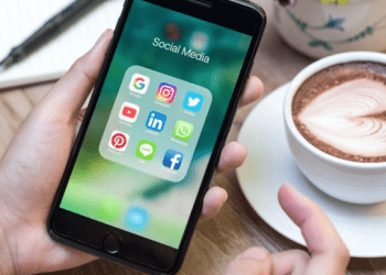 How to Establish Yourself as an Expert on Your Area Using Social Media