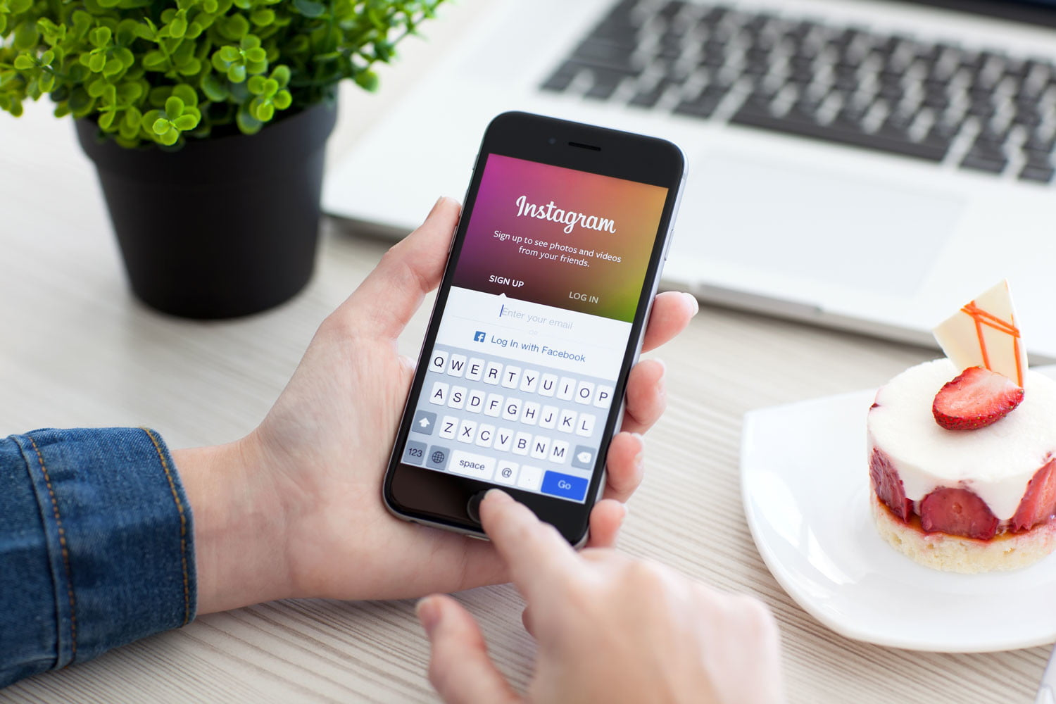 It's Insanely Easy To Buy Thousands Of Instagram Followers and likes