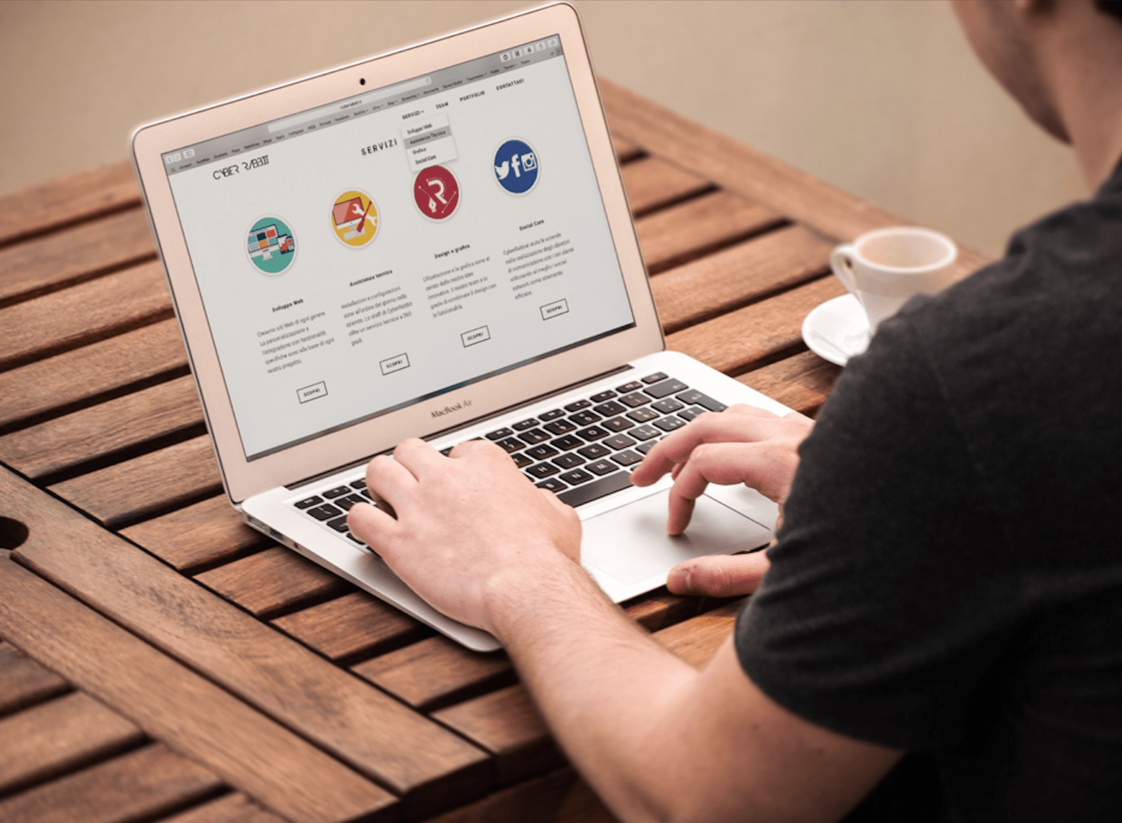 13 Advantages of Creating A Website For Your Own Business