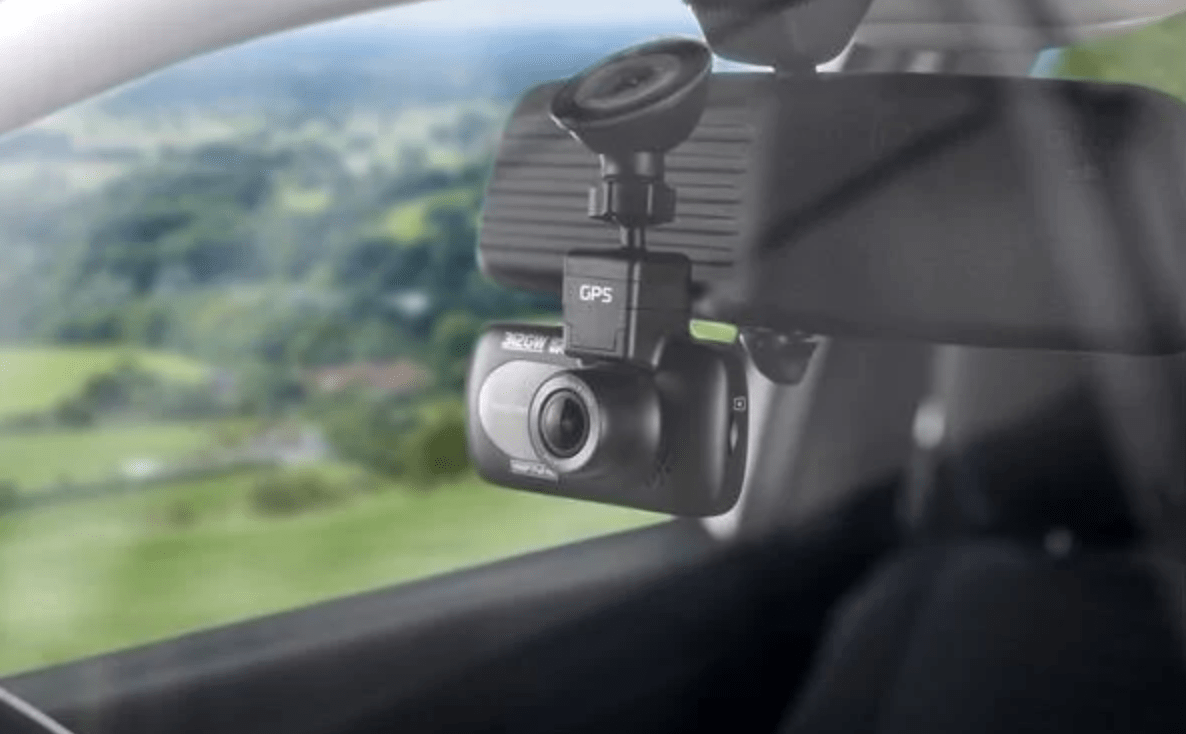 A Look at GPS Tracking Cameras: More Than a Dashcam