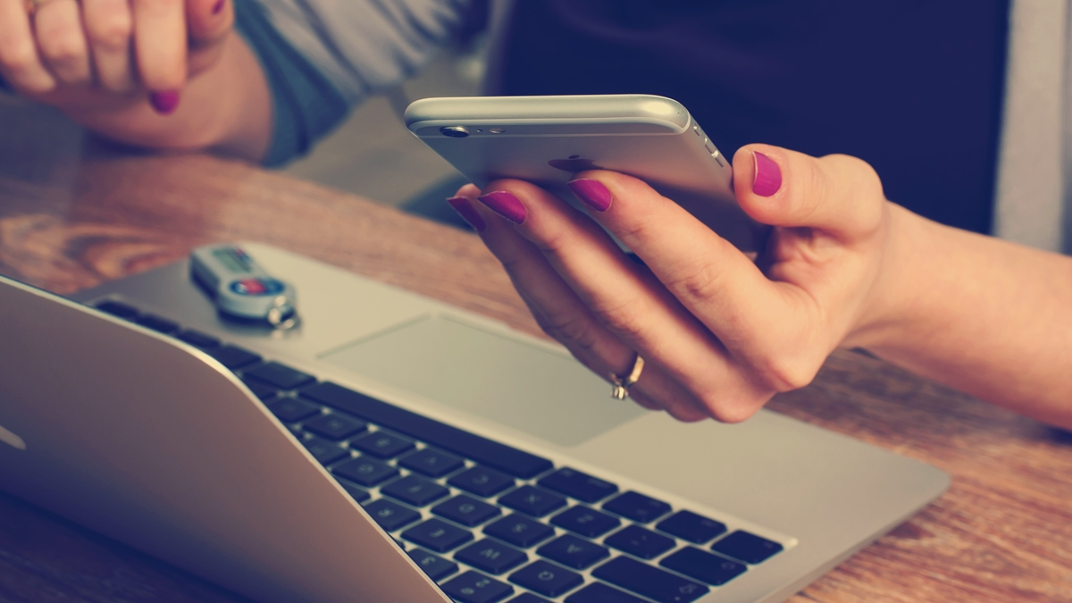 4 Best Internal Communication Apps for Businesses in 2020