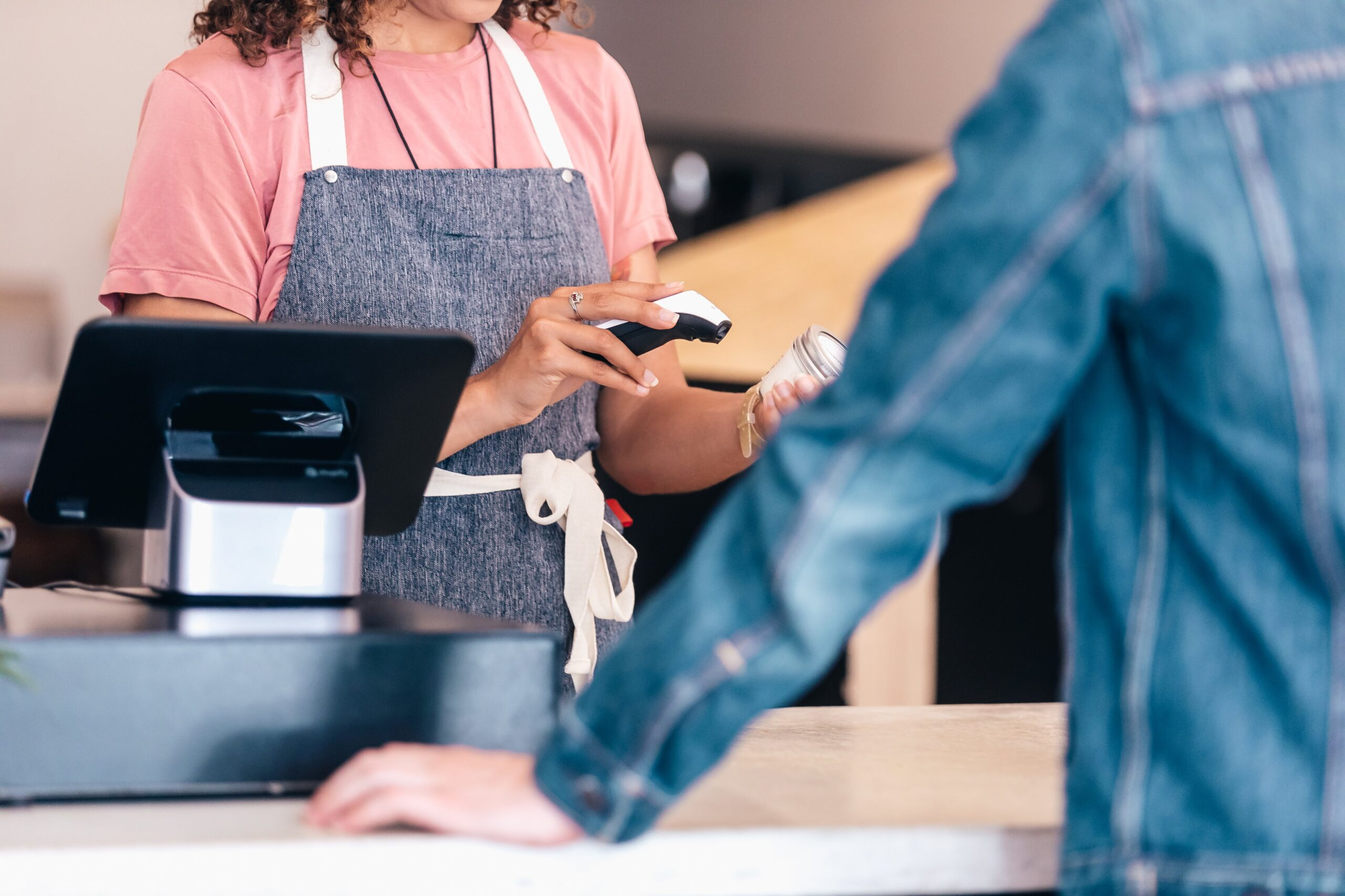 Ways A POS System Can Improve Customer Experience in Your Retail Store