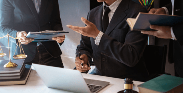 How to Select a Good Law Firm For Your Case