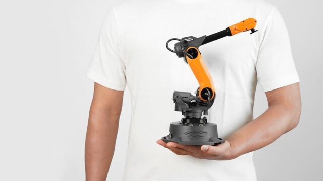 Small Industrial Robot-What They Do and What to Look Out for When Buying One