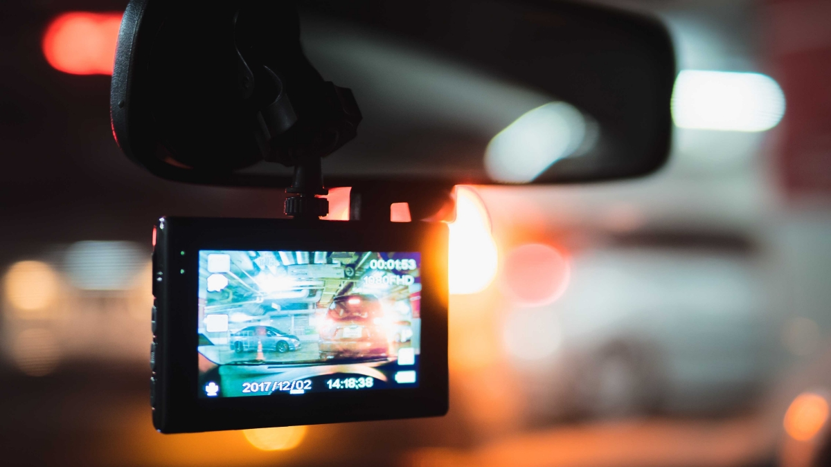 Car Dash Cam 4 Reasons for You to Invest in Them