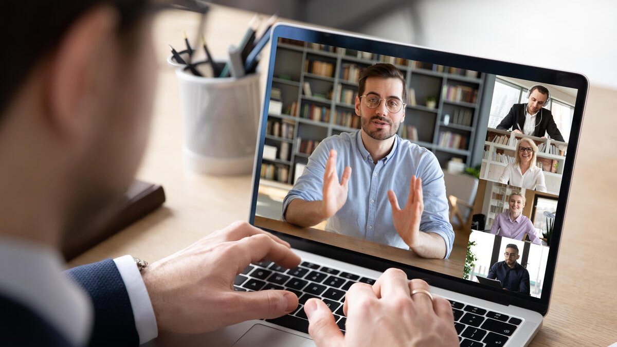 How To Decode Nonverbal Cues and Body Language On Video Conferencing Calls