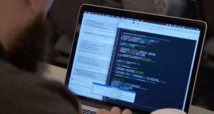 iOS Developer VS Android Developer - The Ultimate Battle